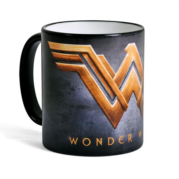 Wonder Woman - Golden Logo Tasse